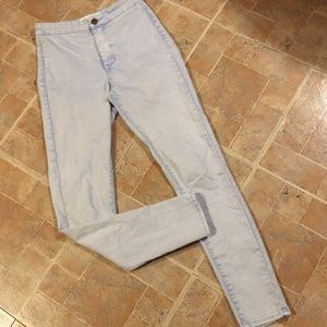Bullhead high waisted skinniest jean size junior 1